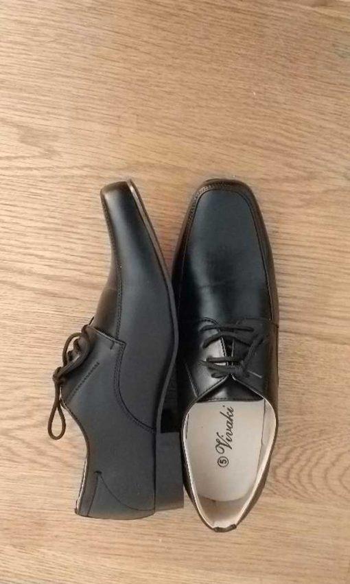 boys black shoe